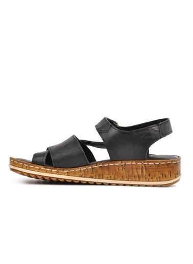 Castle Black 20813 Siyah Hakiki Deri Kadın Sandalet Siyah